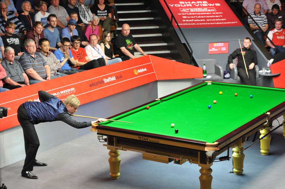 Neil Robertson dramatically misses the black which would have meant 100 centuries in a single season
