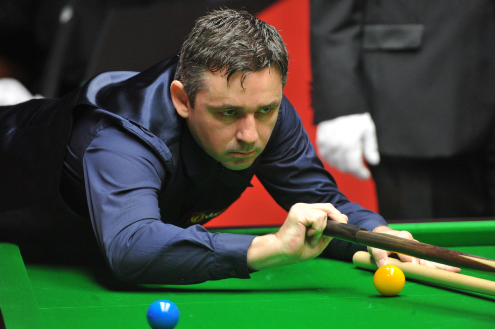 Alan McManus: faces Ronnie O'Sullivan in first round