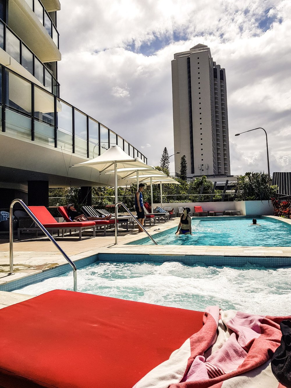 Hotel pool  Rhapsody Resort, Surfers Paradise