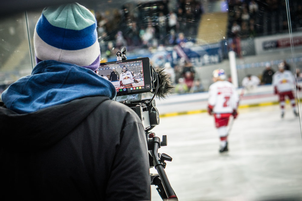 EpicMinutes-Behind-RedBull-Eishockey-WEB-by-BAUSE-034.jpg