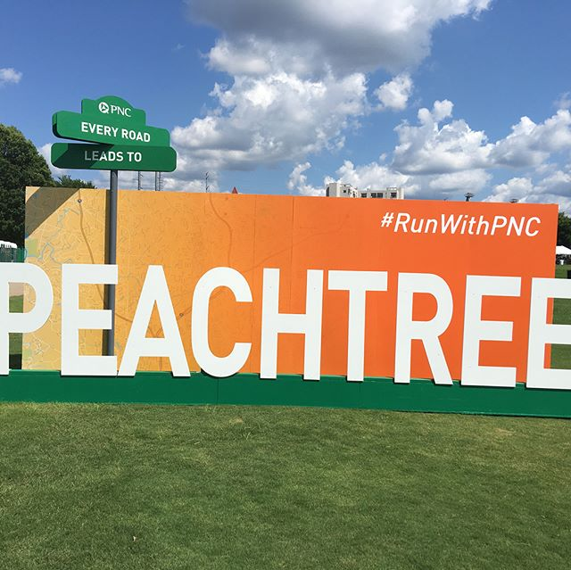It's been so busy here @shibui_design that we've got a lot of catching up to do! Here's the most recent project-a photo wall for PNC at the Peachtree Road Race.