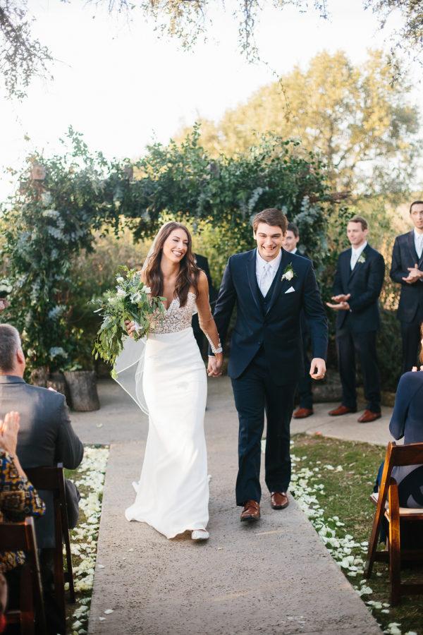 petal-pushers-vista-west-ranch-wedding-hill-country-austin-texas-barn-elegant-florist-bride-groom-ceremony-decor-outdoor