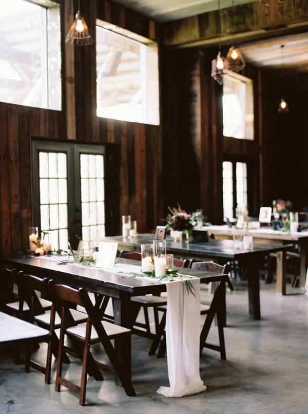 the-creek-haus-wedding-destination-weekend-lodging-austin-texas-petal-pushers-florist-reception-decor-centerpieces-rustic
