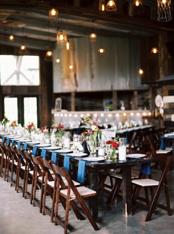 the-creek-haus-wedding-destination-weekend-lodging-austin-texas-petal-pushers-florist-reception-rustic-barn-centerpiece