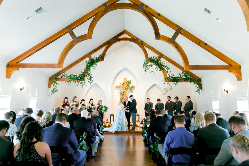 Petal Pushers is a premier wedding & special event florist located just outside of Austin in Dripping Springs, Texas. Hill Country wedding venue, Heritage Haus, wedding inspiration.