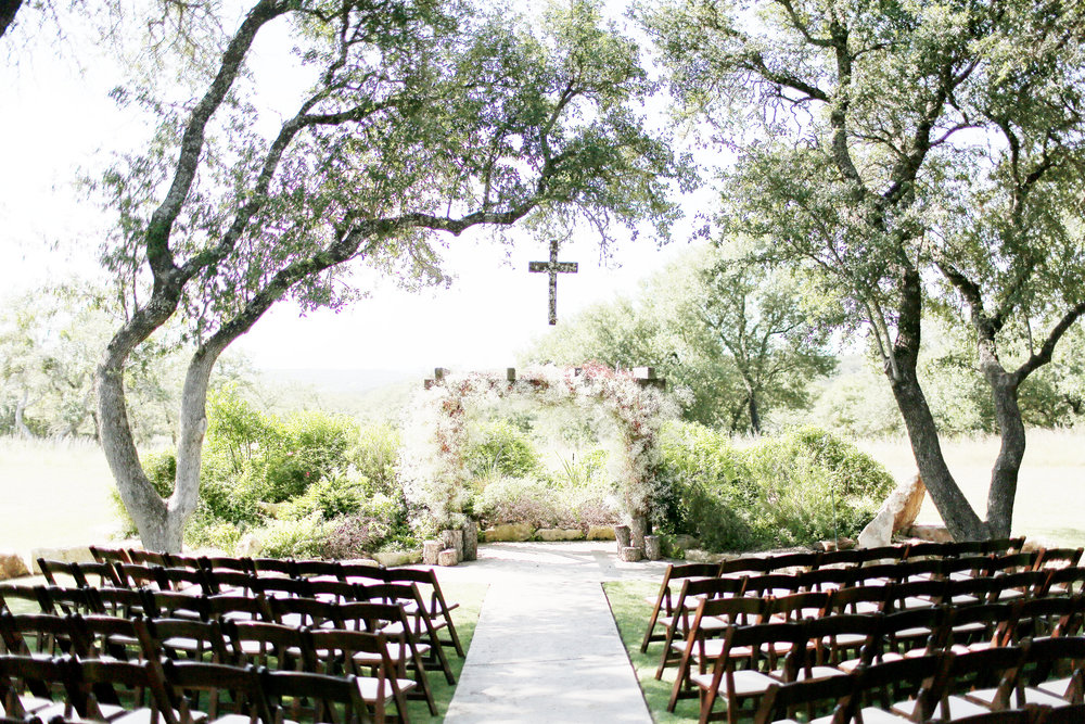 Petal Pushers is a premier wedding & special event florist located just outside of Austin in Dripping Springs, Texas. Hill Country wedding venue, Vista West Ranch, wedding inspiration.