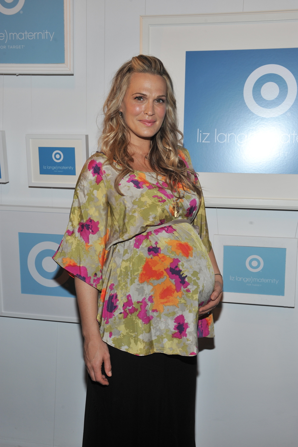 Molly Sims in a Liz Lange Printed Top