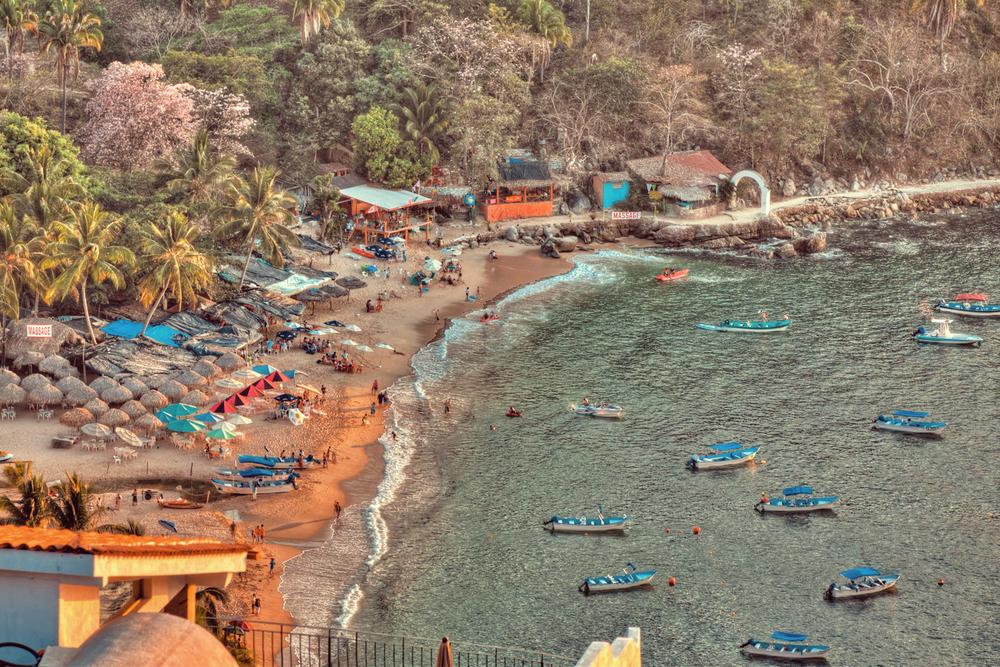 Playa-Mismaloya.jpg
