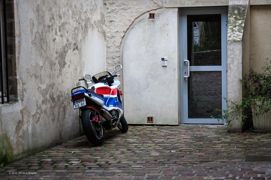 20131008_Bayeux_052113_web.jpg