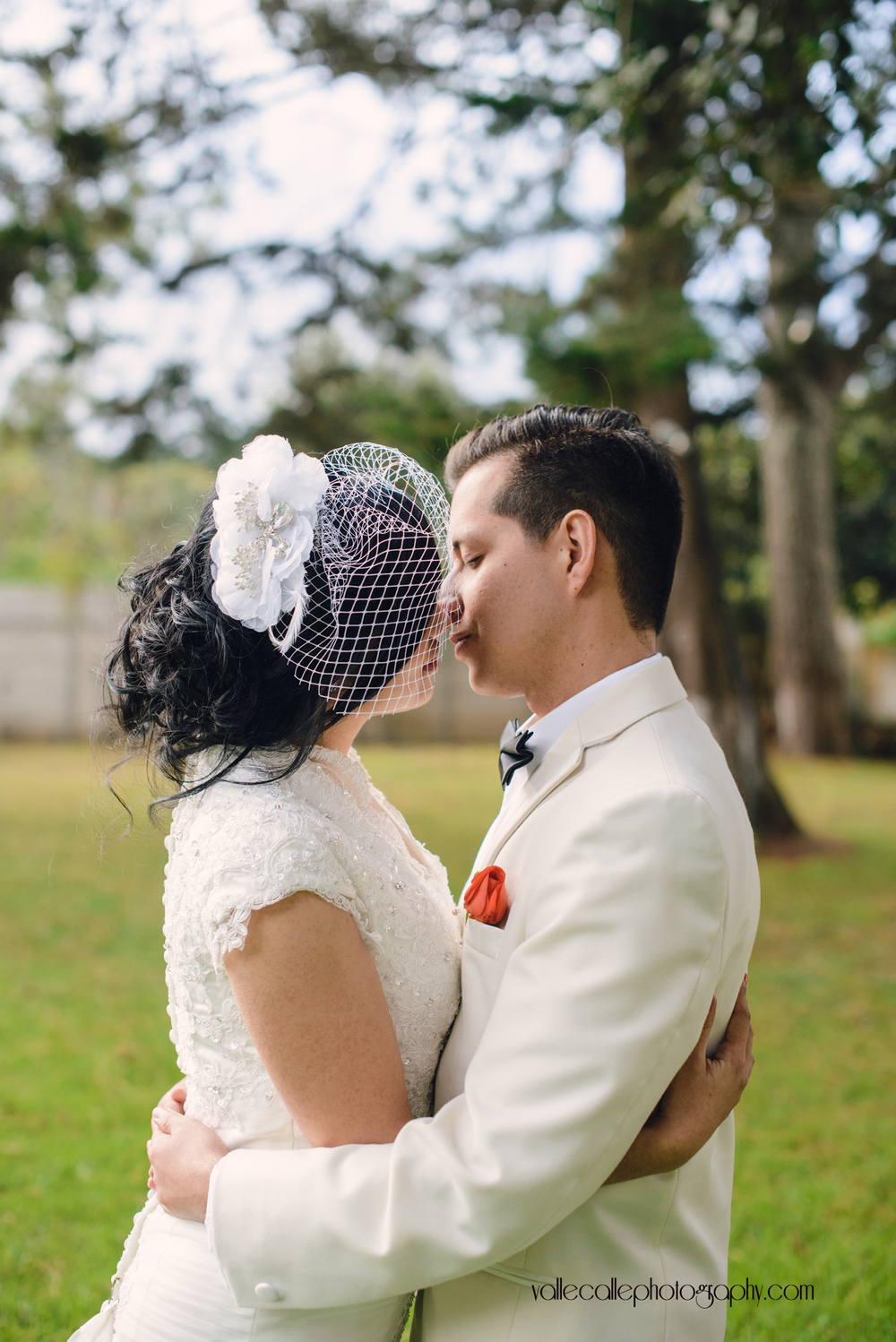 guatemala_destination_wedding_photography_bride_groom.png
