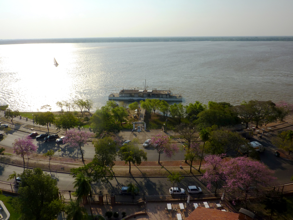 Magnífica vista de la ciudad desde la terraza del hotel.