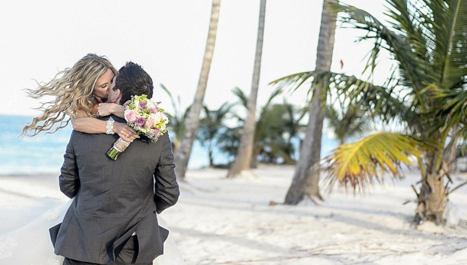 ashley-brendan-romantic-beach-wedding-dominican-republic.jpg