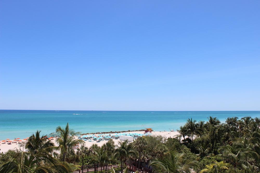 Un poco de la playa del hotel