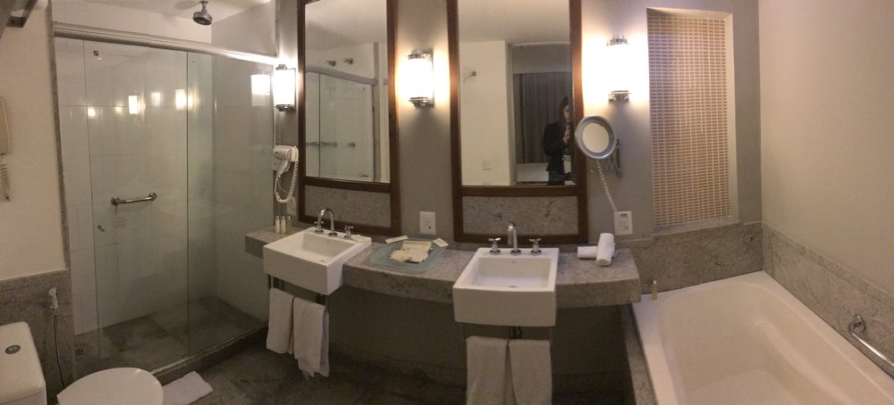baño hotel pestana rio atlantica