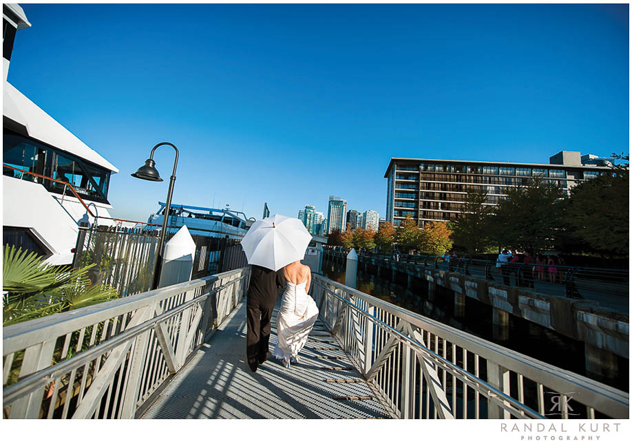 vancouver-wedding-yacht-photography