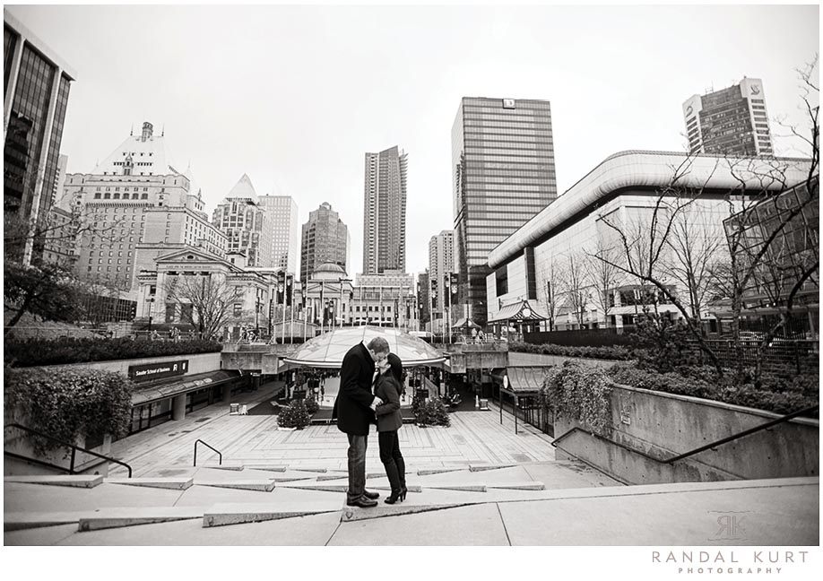 engagement-session-skating