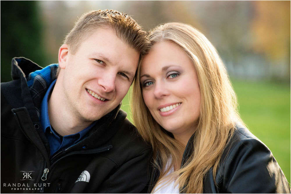14-engagement-session-coal-harbour.jpg