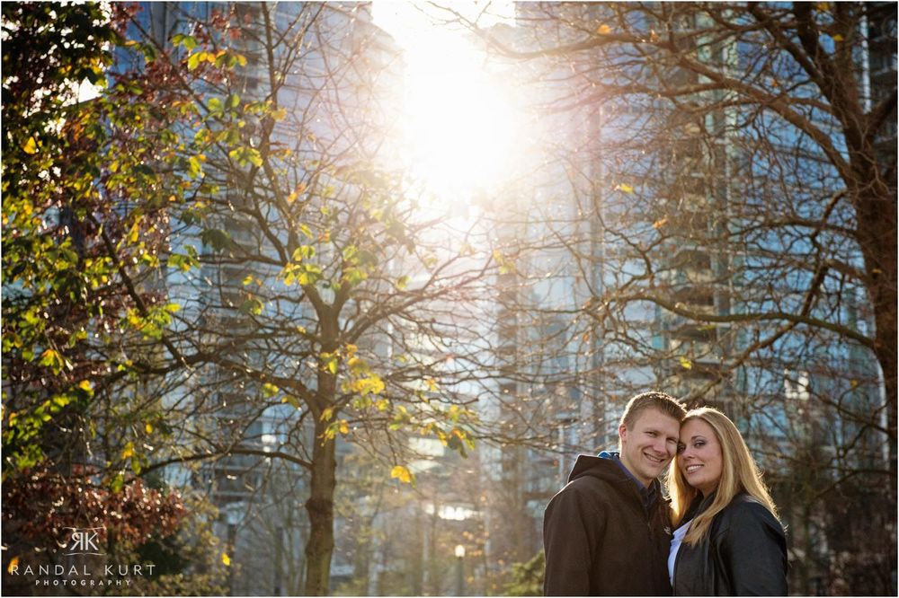 19-engagement-session-coal-harbour.jpg