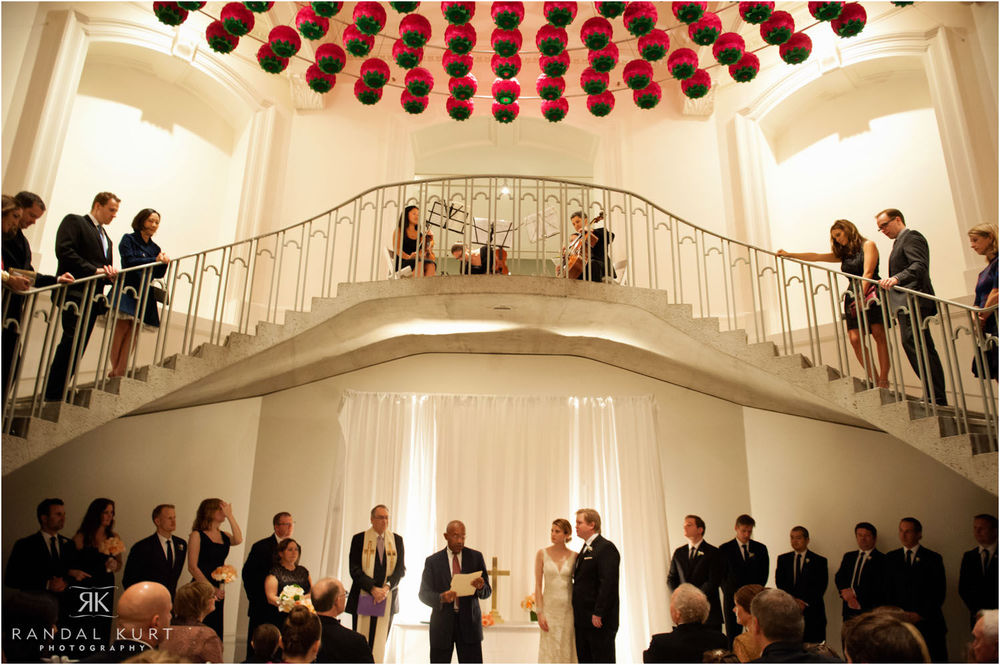 39-vancouver-art-gallery-wedding.jpg
