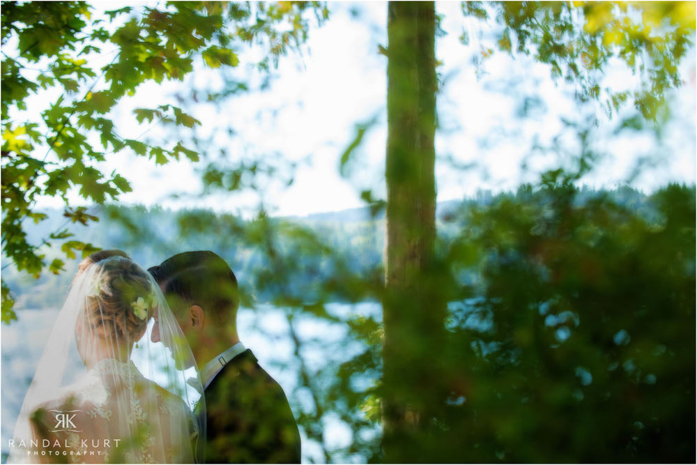 23-sechelt-wedding-photography.jpg
