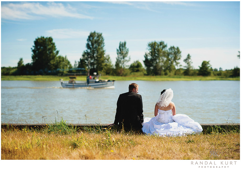 37-mayfair-lakes-wedding.jpg