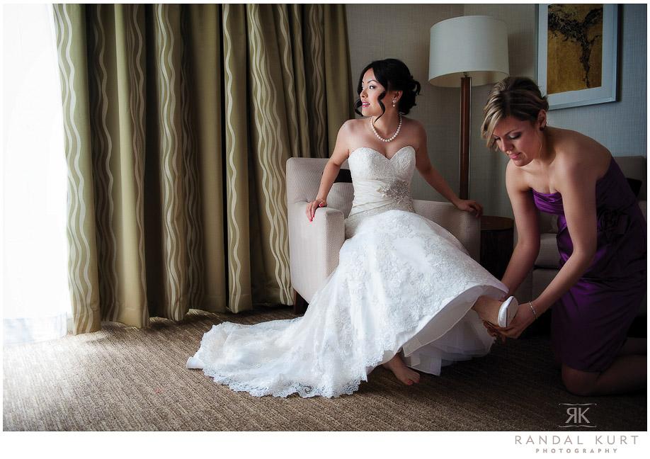 04-vancouver-wedding-yacht.jpg