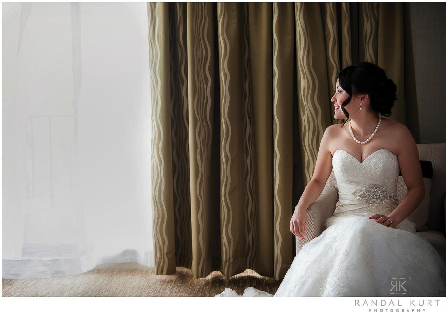 05-vancouver-wedding-yacht.jpg