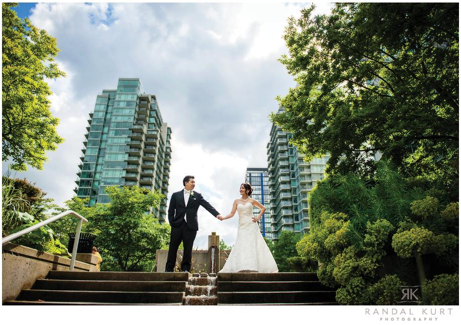 20-vancouver-wedding-yacht.jpg