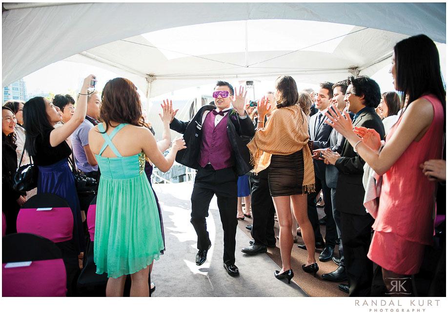 31-vancouver-wedding-yacht.jpg