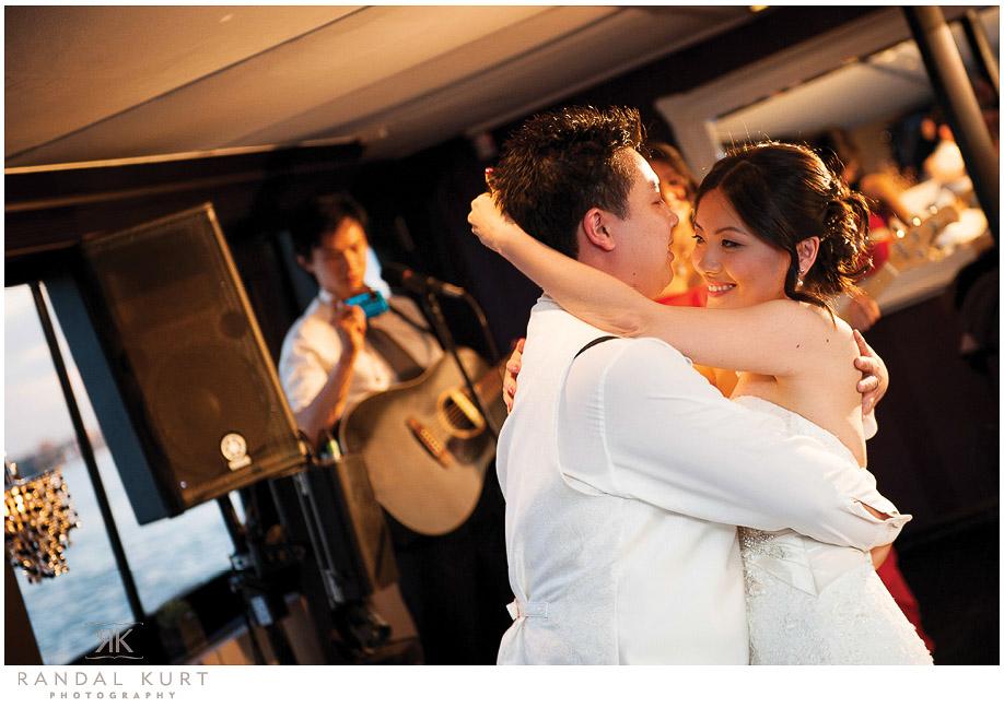 46-vancouver-wedding-yacht.jpg