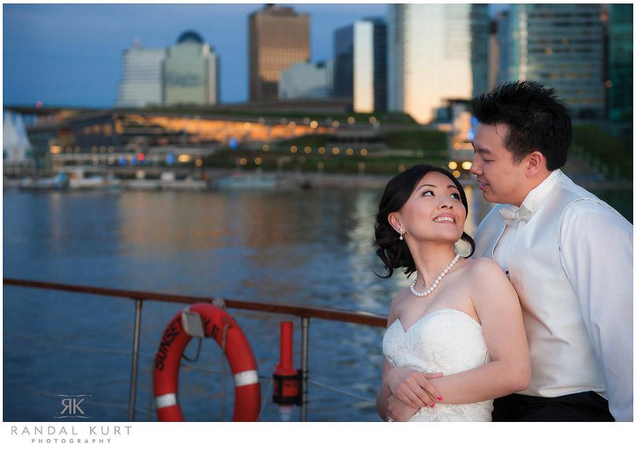 49-vancouver-wedding-yacht.jpg
