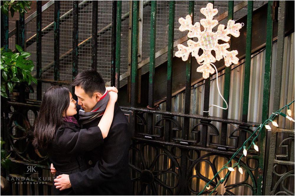 15-winter-engagement-session.jpg