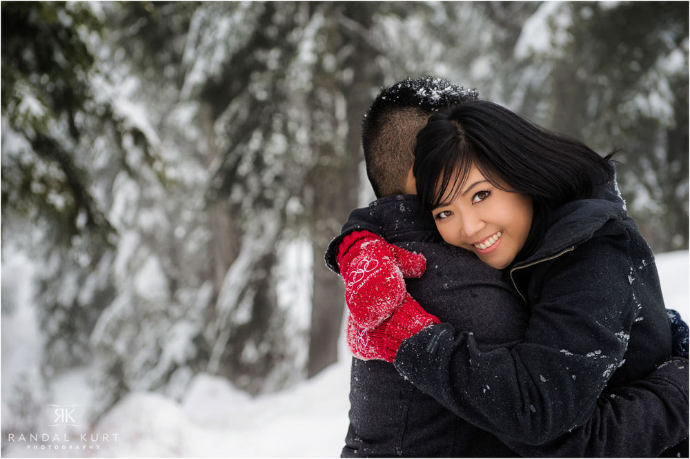 21-grouse-mountain-engagement.jpg