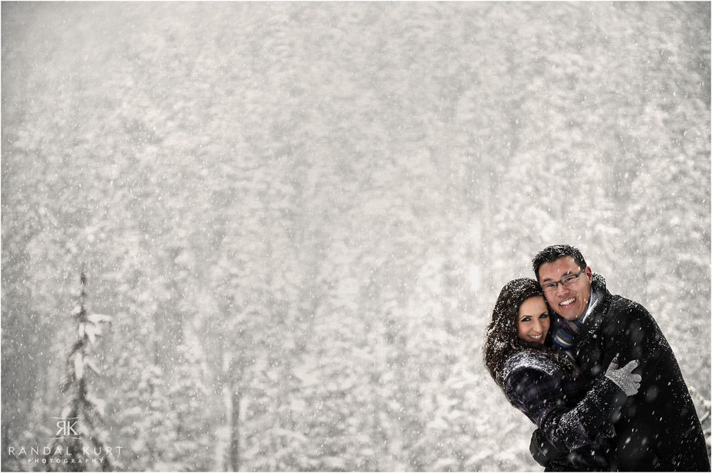 19-grouse-mountain-engagement-session.jpg