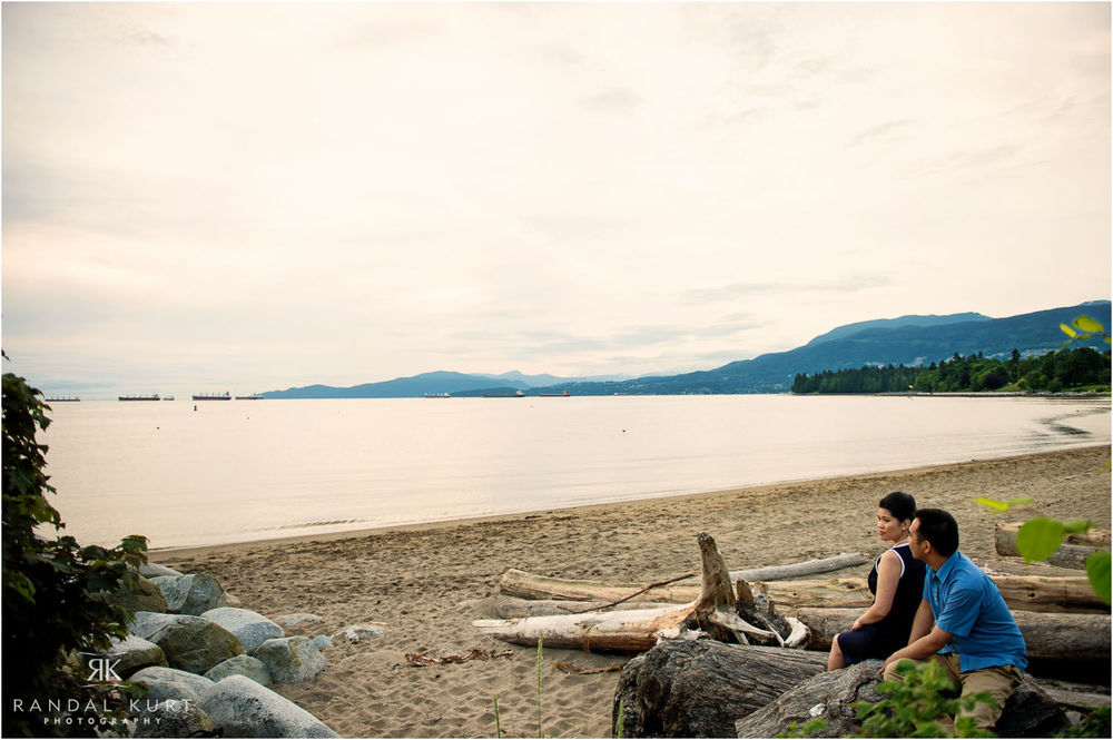 15-vancouver-sunset-engagement.jpg