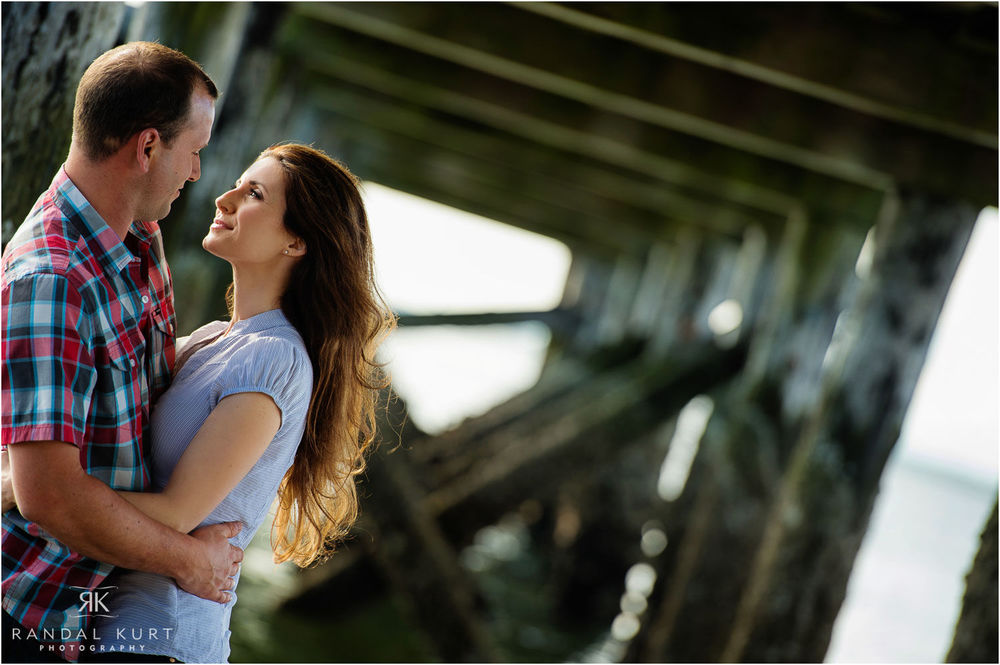 02-crescent-beach-engagement.jpg
