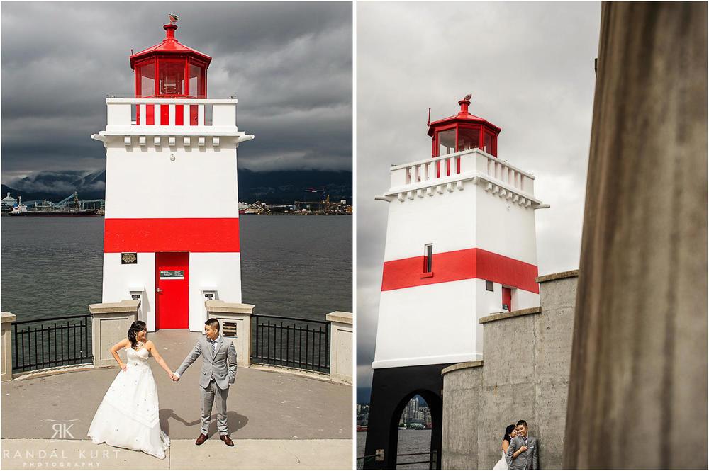 08-vancouver-aquarium-wedding-photography.jpg