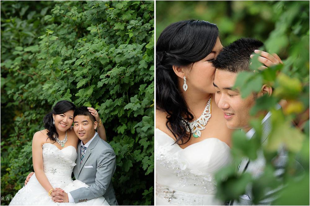 11-vancouver-aquarium-wedding-photography.jpg