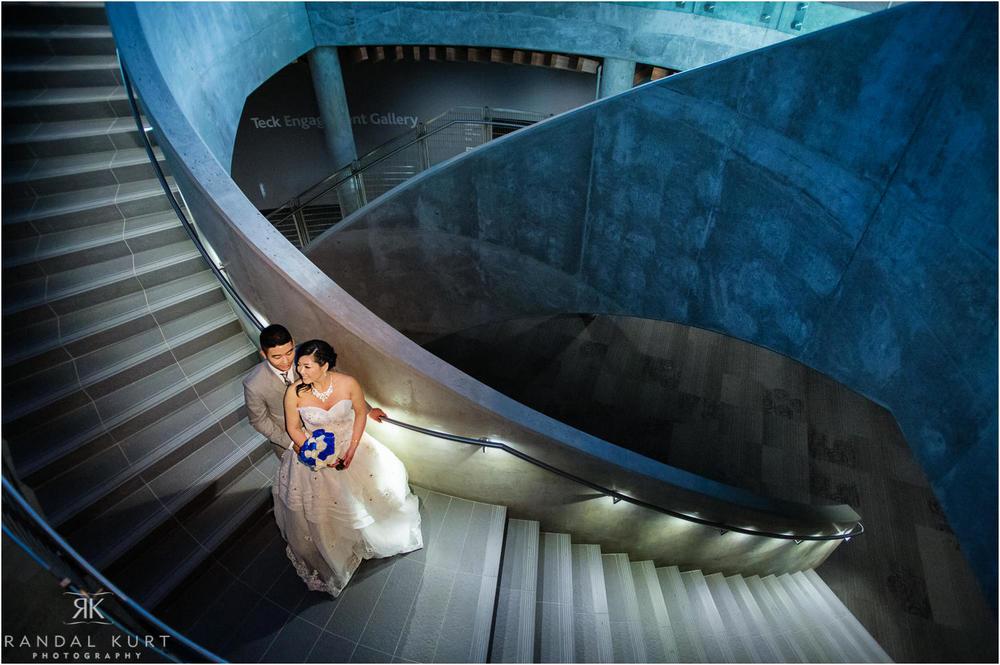 25-vancouver-aquarium-wedding-photography.jpg
