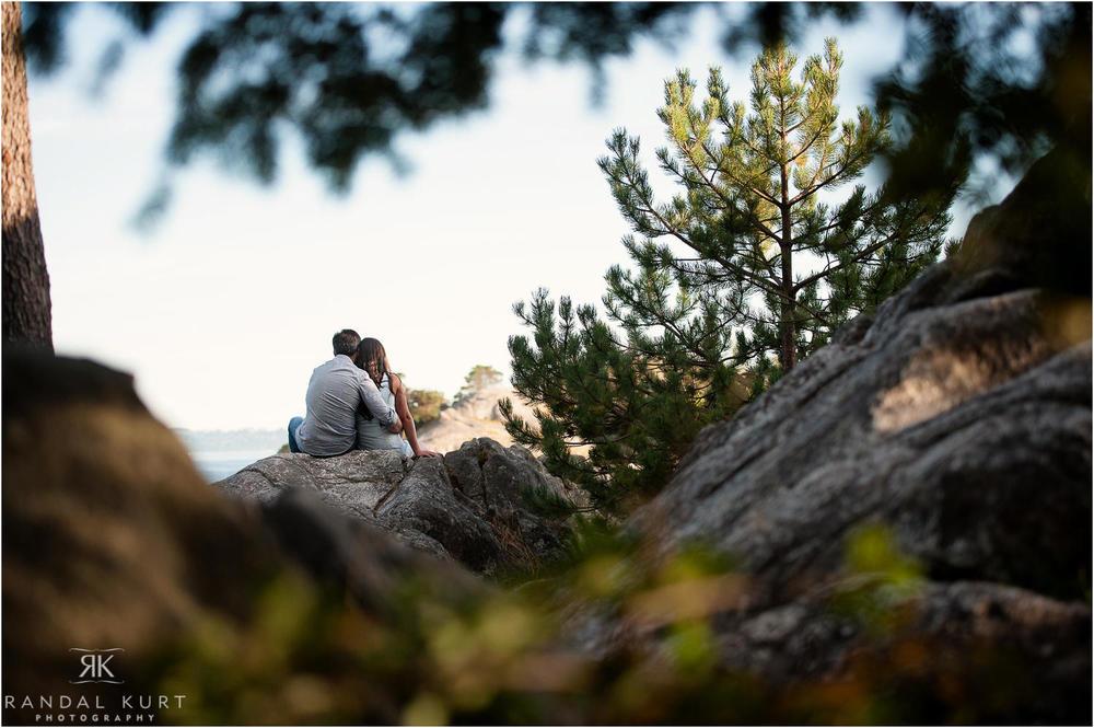 07-whytecliff-park-engagement.jpg