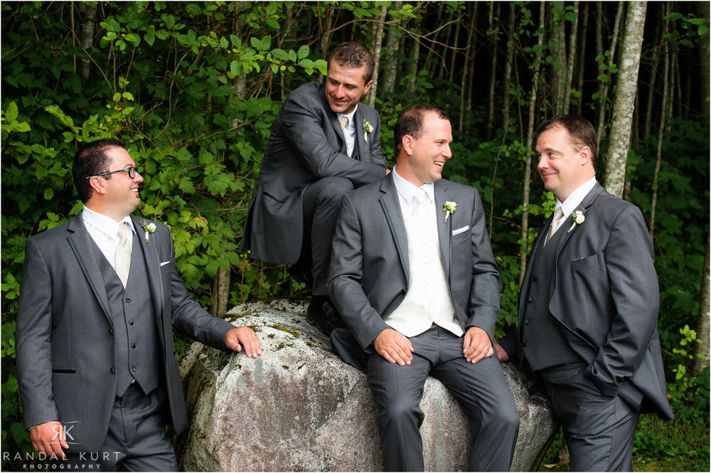 14-furry-creek-wedding.jpg