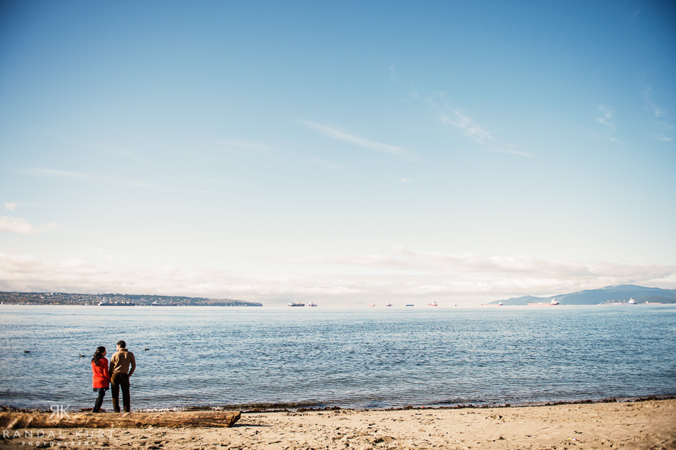 21-english-bay-engagement.jpg
