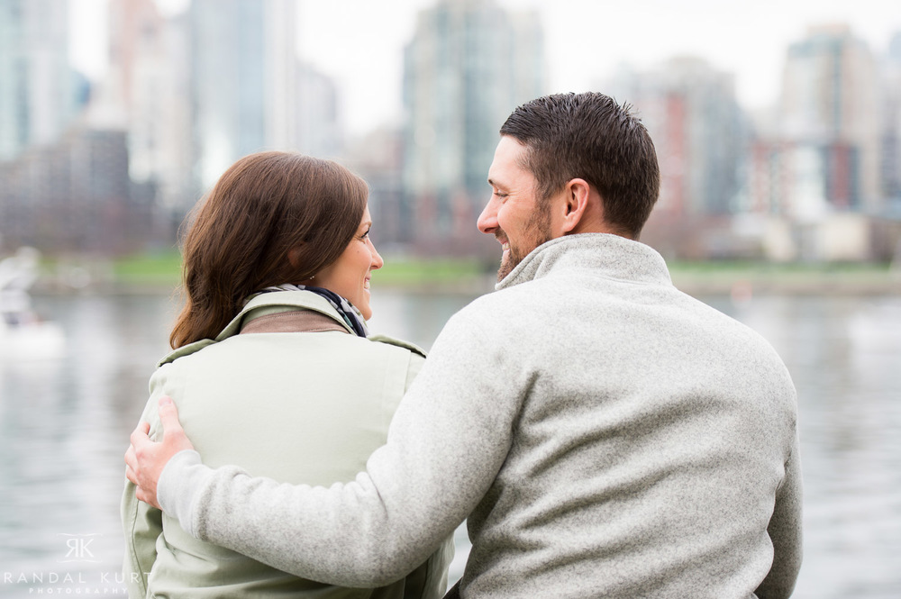 04-vancouver-engagement-session.jpg