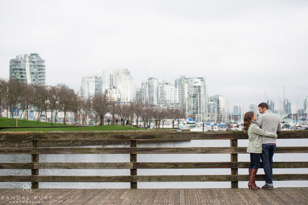 01-vancouver-engagement-session.jpg
