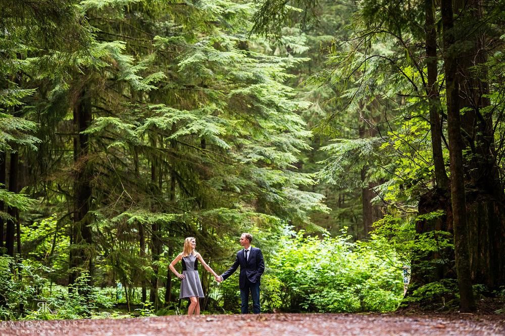 13-forest-engagement-session.jpg