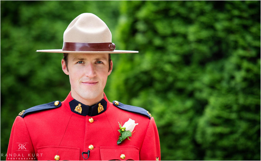 14-kelowna-rcmp-wedding.jpg