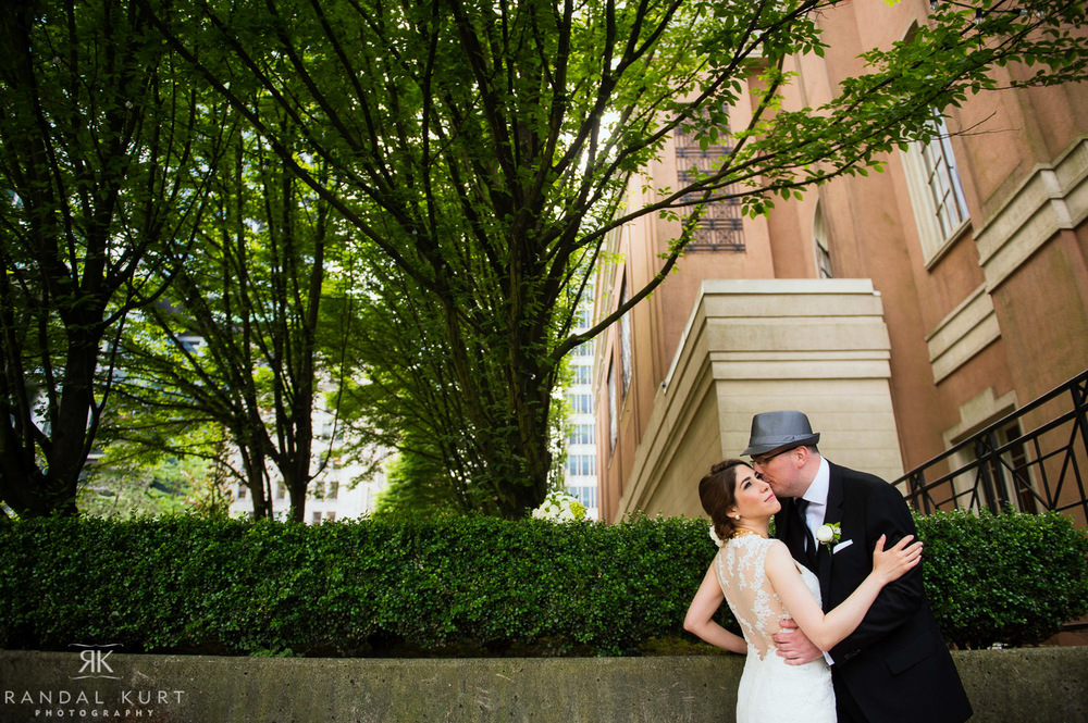 07-vancouver-club-wedding.jpg