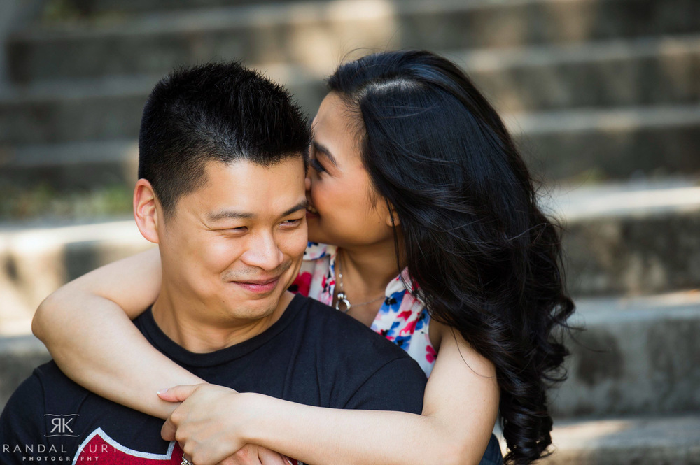 04-yaletown-engagement-sessions.jpg
