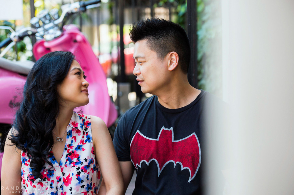 06-yaletown-engagement-sessions.jpg