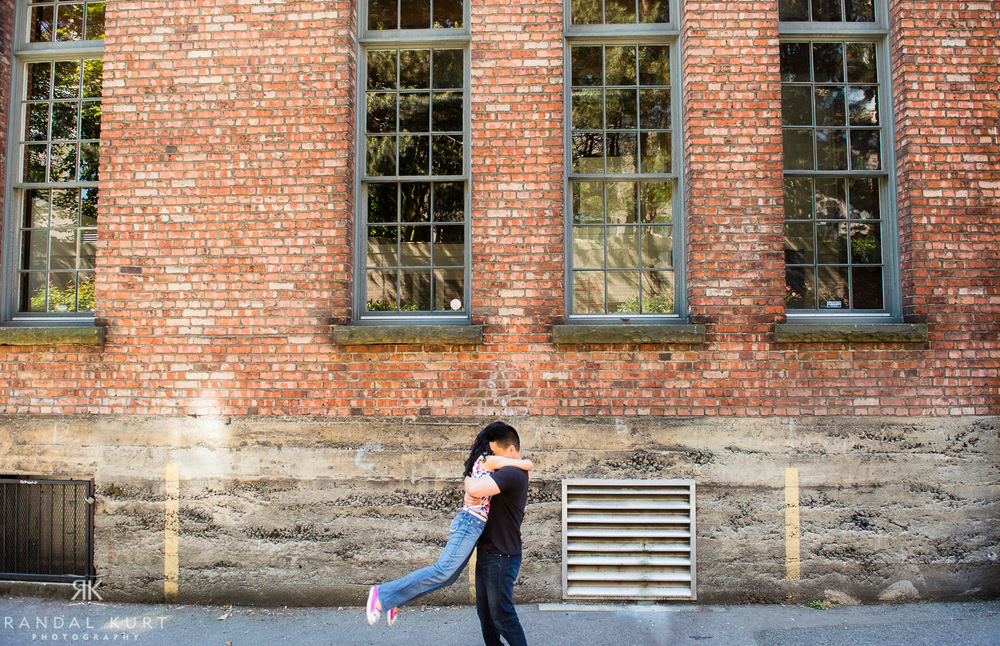13-yaletown-engagement-sessions.jpg